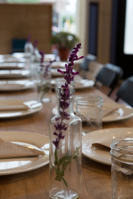 Table setting flower
